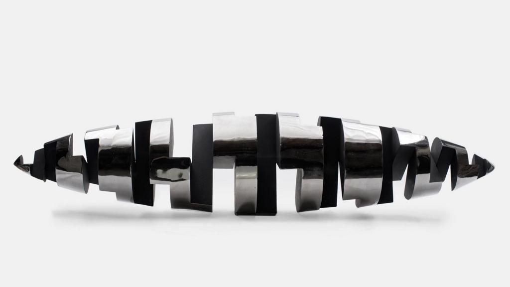 sculpture-en-acier-inoxydable-316L-inox-realisee-en-2017-et-modifiee-en-2019-par-l-artiste-sculpteur-contemporain-Felix-Valdelievre-(15)