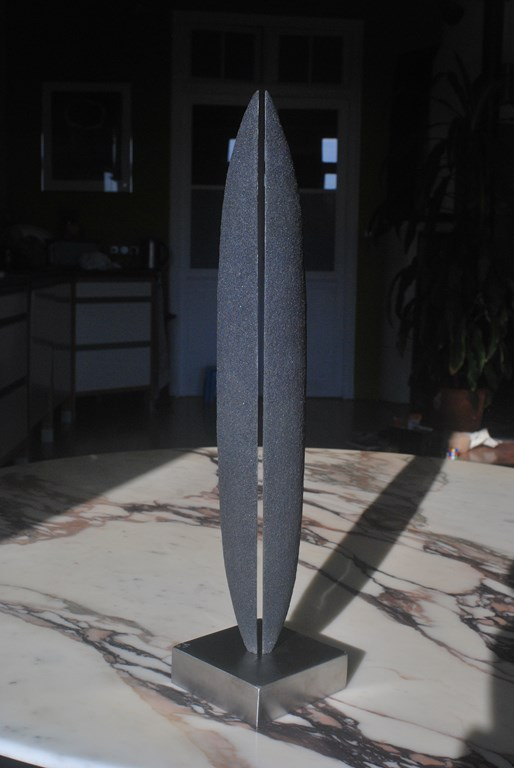 2.Sculpture-fer-limaille-de-fer-acier-inox-poli-miroir-Felix-Valdelievre-42-cm-2019