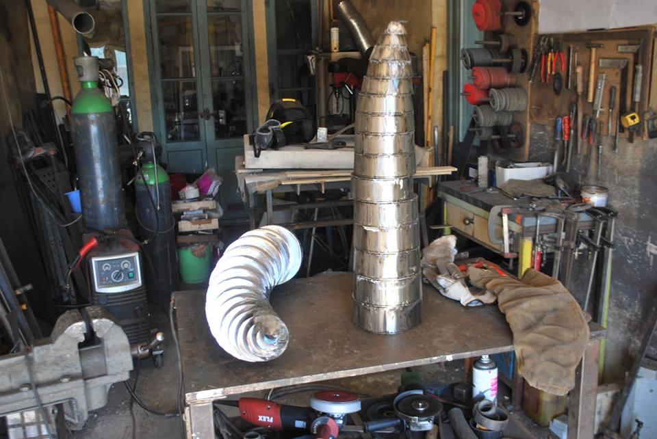 Felix-valdelievre-atelier-mise-en-forme-sculpture-acier-corten-1