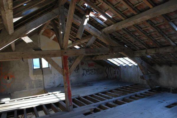gare-de-cases-de-pene-interieur-charpente-felix-valdelievre-4C83E9226-EDBE-1805-FE6E-DDE415CD30E0.jpg