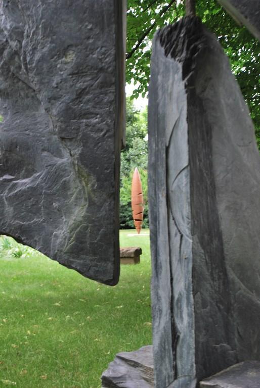 14.Sculpture-monumentale-en-acier-corten-realisee-par-l-artiste-sculpteur-contemporain-Felix-Valdelievre-exposee-au-centre-d-art-La-Mouche-Beziers-2018