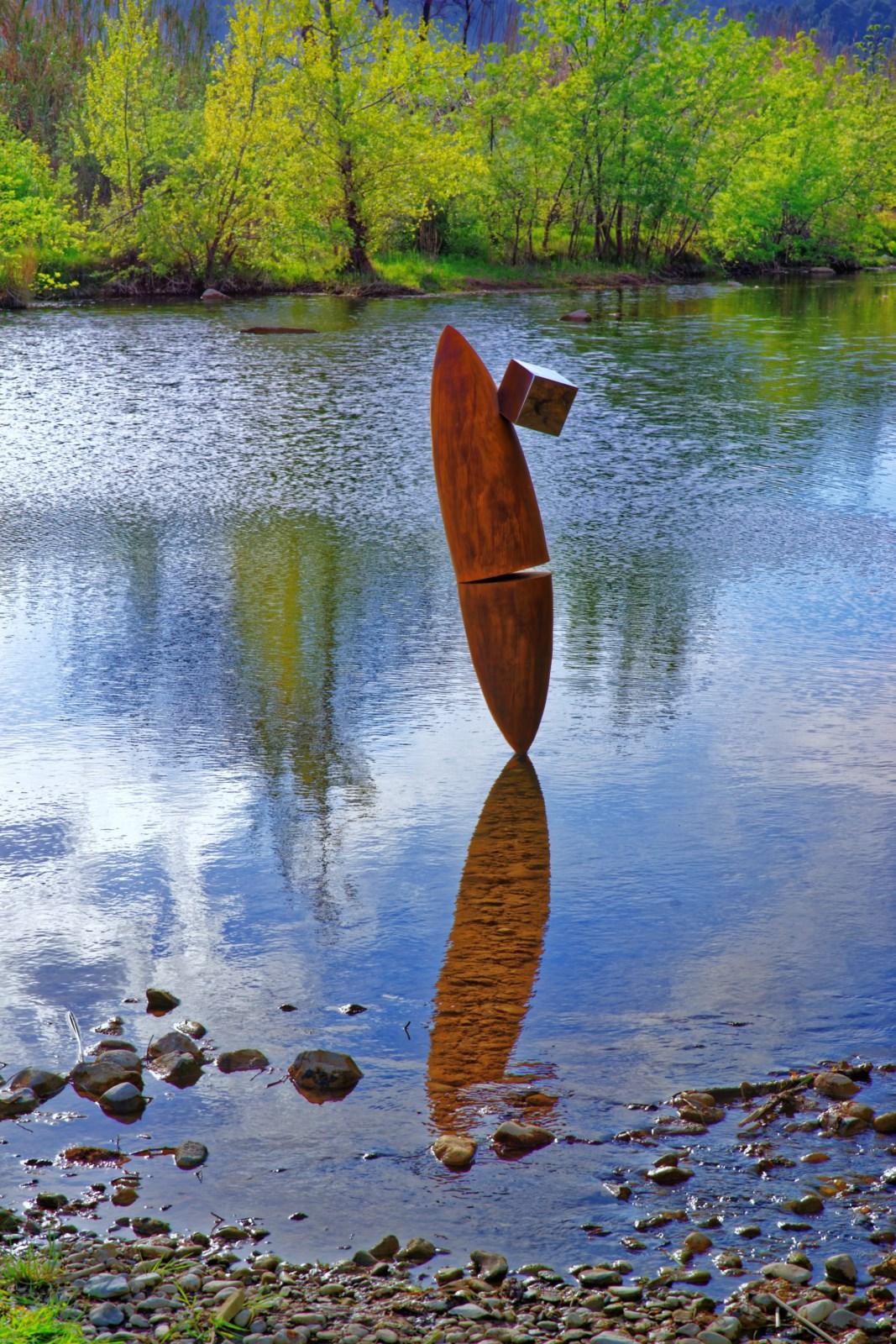 1.Sculpture-acier-corten-cube-inox-poli-miroir-hauteur:183cm-2016