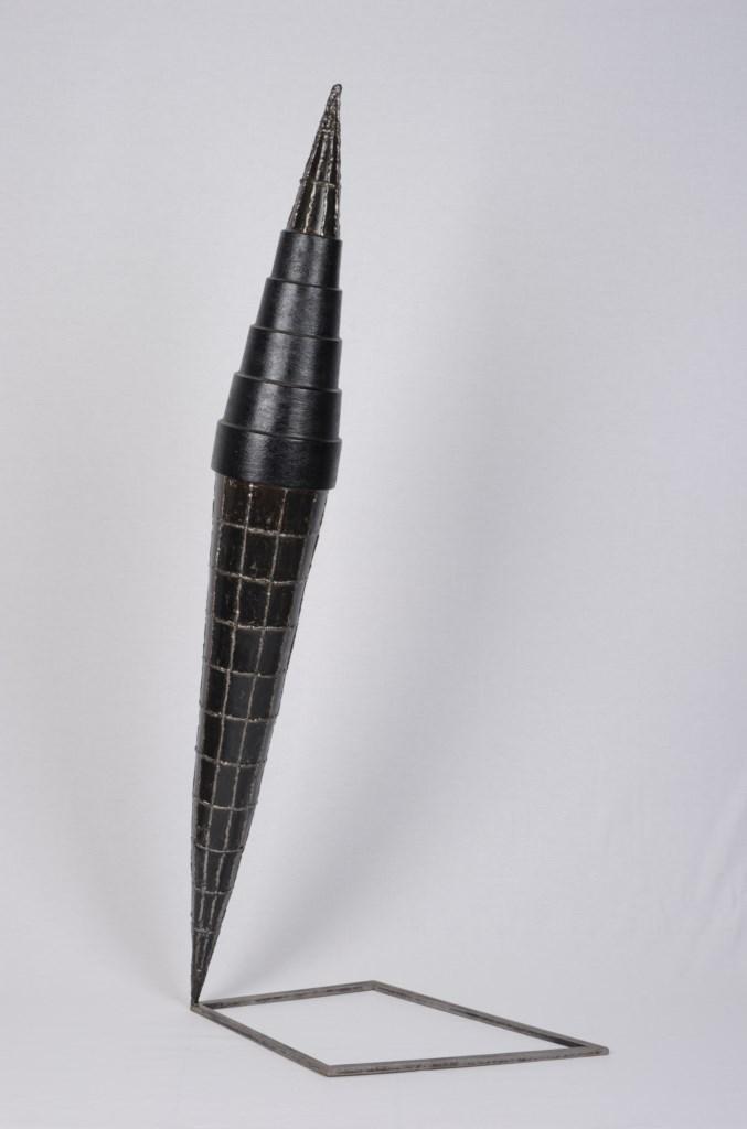 Sculpture-fer-patine-verni-limaille-de-fer-hauteur:140cm-2010