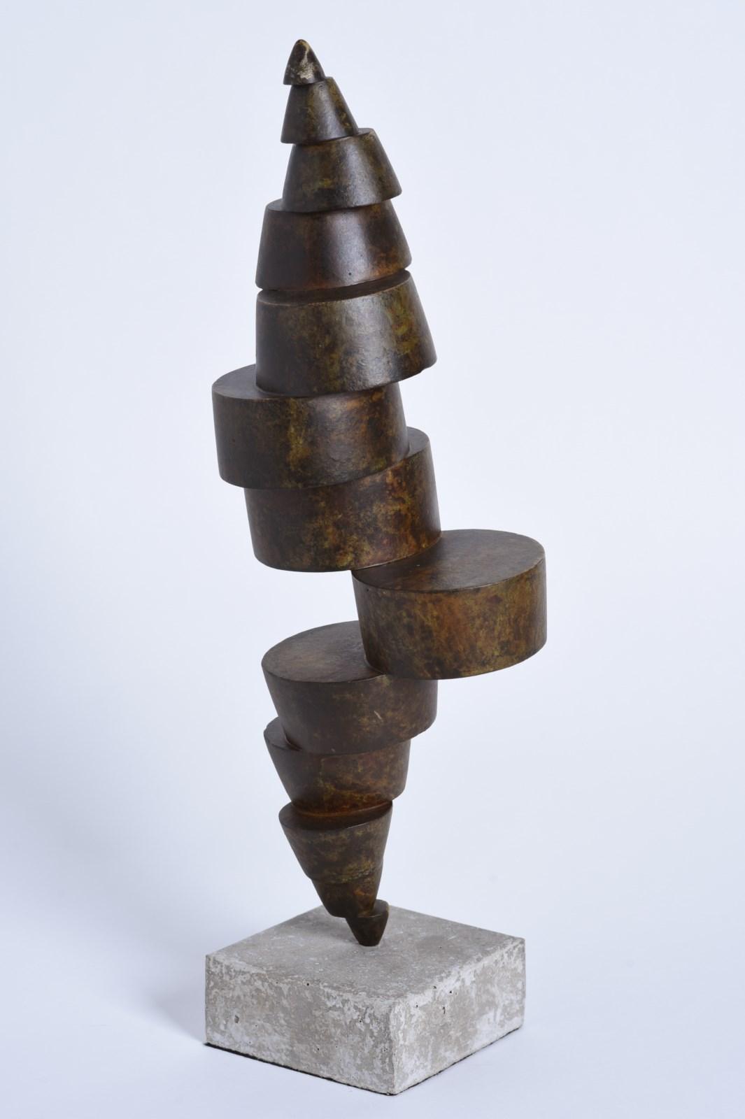 Sculpture-fer-patine-verni-socle-beton-hauteur:43cm-2016