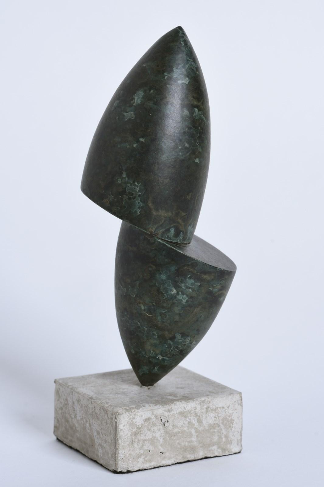 Sculpture-fer-patine-verni-socle-beton-hauteur:21cm-2016