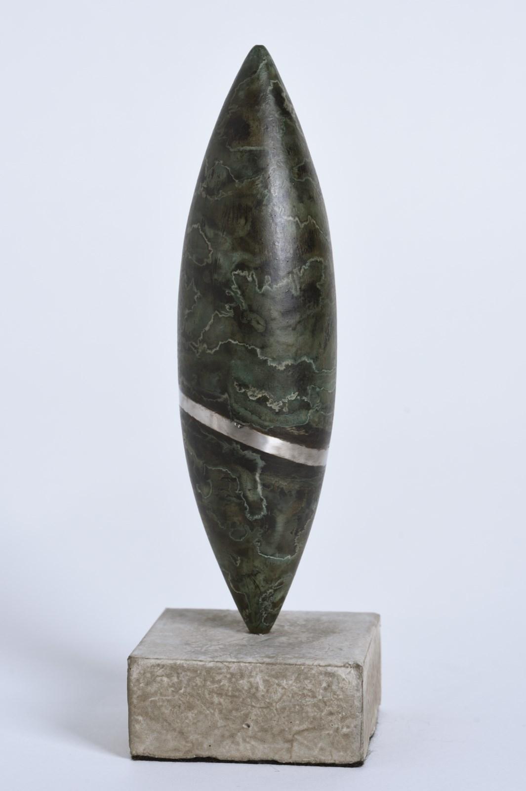 Sculpture-fer-patine-verni-veine-inox-poli-socle-beton-hauteur:21cm-2016