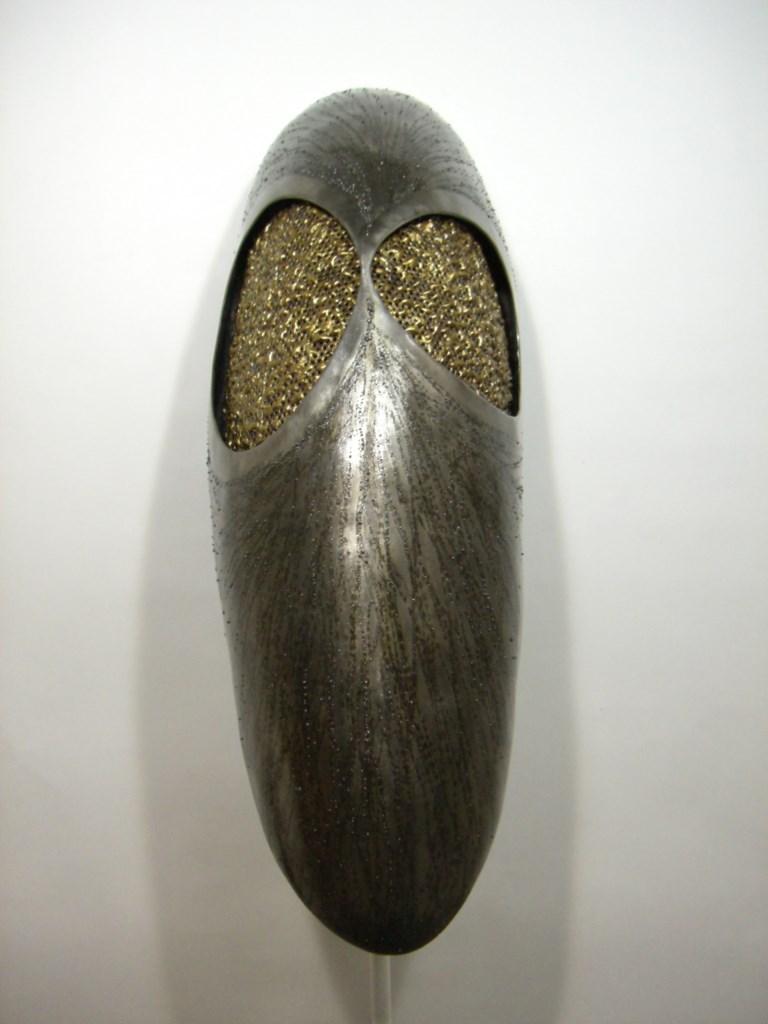 Sculpture-murale-fer-brosse-verni-laiton-longueur:83cm-artiste-sculpteur-contemporain-Felix-Valdelievre-2006